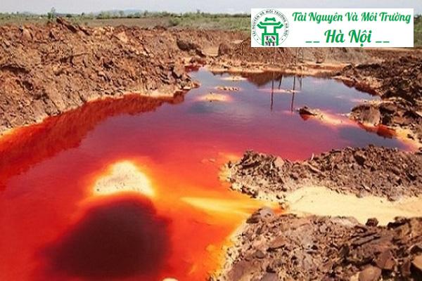 Ô nhiễm môi trường đất do hoạt động công nghiệp xả thải